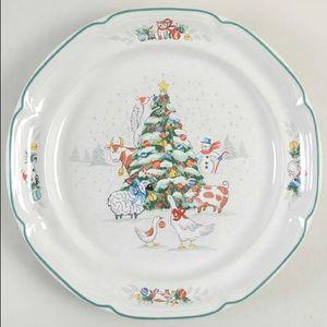 •International• 3 Country Christmas Dinner Plates